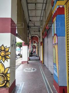 マレーシアの商店街 通路の写真・画像素材[1884870]