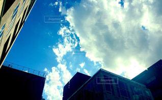 背の高い建物の写真・画像素材[796178]