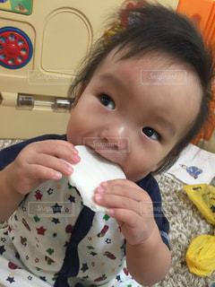 赤ちゃんの写真・画像素材[672549]