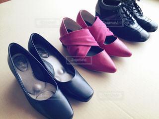 靴3足 斜めの写真・画像素材[671800]