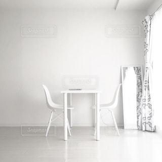 ホワイトインテリアの写真・画像素材[671807]