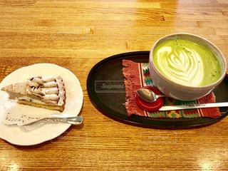 マロンケーキと抹茶オレ🍃の写真・画像素材[1634924]