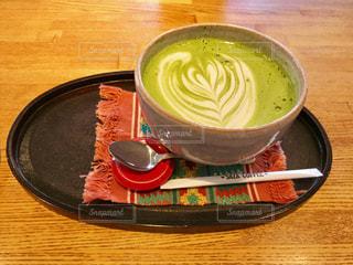 大学構内のカフェで抹茶オレ🍃たっぷり入って大満足😋の写真・画像素材[1636822]