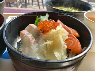 三色丼😋の写真・画像素材[1807216]