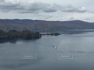 秋の十和田湖の写真・画像素材[840176]