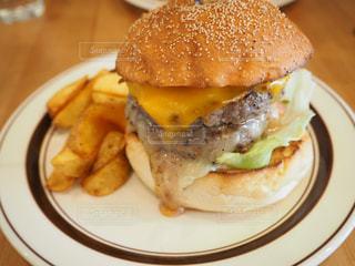 ハンバーガーの写真・画像素材[673263]