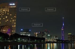 夜の街の景色の写真・画像素材[719799]