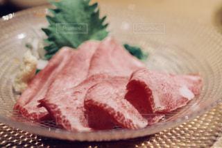 牛タン刺の写真・画像素材[1148822]