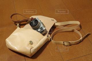 ミラーレス用コンパクトカメラバッグの写真・画像素材[1664985]