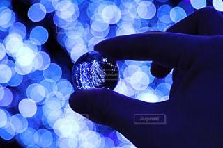 水晶玉で光を包んでみた!の写真・画像素材[891746]