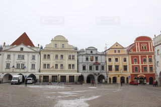 大きな白い建物の写真・画像素材[1179406]