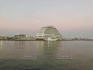 神戸メリケンパークオリエンタルホテル (夕方)の写真・画像素材[1303479]