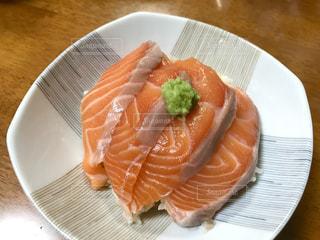 サーモン丼の写真・画像素材[1314959]