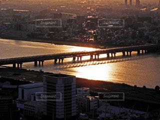 夕方の淀川の写真・画像素材[1367232]