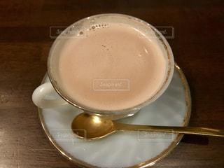ほうじ茶のミルクティーの写真・画像素材[1752493]