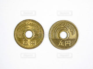 5円玉の写真・画像素材[2170930]