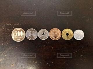 お金の写真・画像素材[2398950]