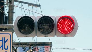 赤信号の写真・画像素材[2417393]