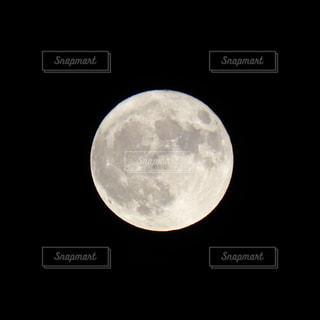 満月の写真・画像素材[2439759]