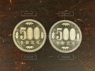 令和元年の500円硬貨の写真・画像素材[2605526]