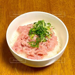 ネギトロ丼の写真・画像素材[2681440]