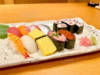 寿司の写真・画像素材[2807376]