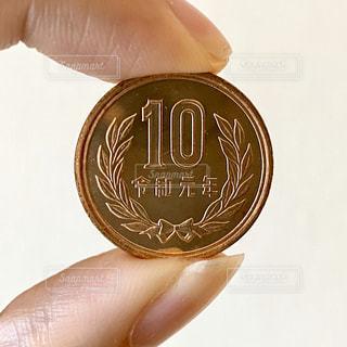 10円玉の写真・画像素材[2963496]