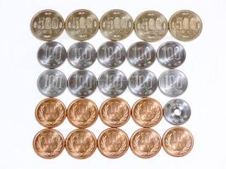 沢山のコインの写真・画像素材[3086115]