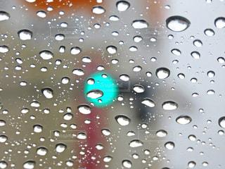 雨の日のドライブの写真・画像素材[3401348]