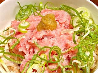 ネギトロ丼の写真・画像素材[3708115]