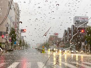 雨の日のドライブの写真・画像素材[3722950]
