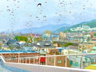 雨の日のドライブの写真・画像素材[3761712]