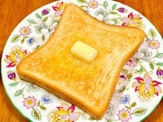 トーストの写真・画像素材[3954672]