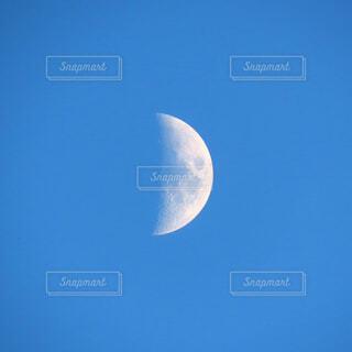月の写真・画像素材[3988344]