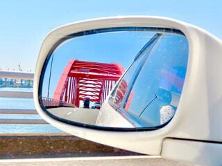 ミラー越しの神戸大橋の写真・画像素材[4316263]