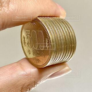 500円玉の写真・画像素材[4320590]
