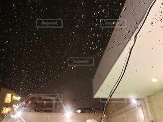雨粒の写真・画像素材[4411492]