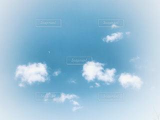 柔らかな空と雲の写真・画像素材[1020918]