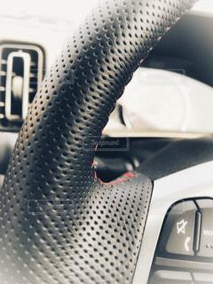 ハンドルと車内の写真・画像素材[1185767]