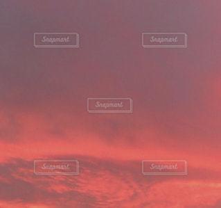 空には雲のグループの写真・画像素材[1310585]