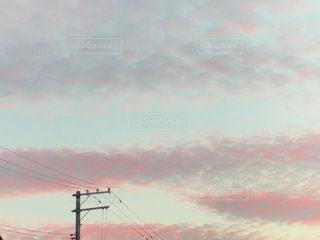 夕暮れ時の都市の景色の写真・画像素材[1388891]