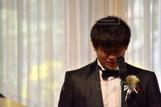 結婚式男泣きの写真・画像素材[887117]