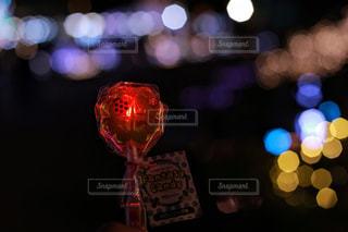光るあめの写真・画像素材[987432]