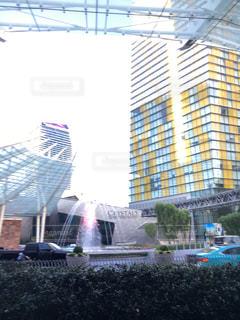 大きな白い建物の写真・画像素材[750907]