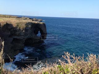 海 水平線 夏 沖縄 青 水 夏休み バカンス リゾート - No.681992