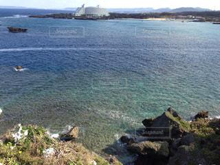 海 水平線 夏 沖縄 青 水 夏休み バカンス リゾートの写真・画像素材[681993]
