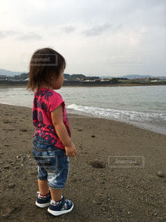 海と子供の写真・画像素材[801952]