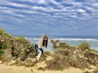 幸せのハート岩との写真・画像素材[1303741]