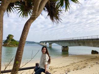 古宇利大橋と私の写真・画像素材[1303780]