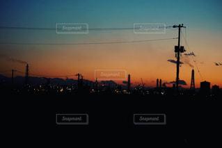 日没の前の写真・画像素材[1020599]